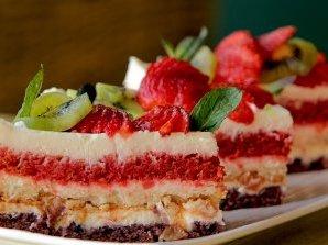 Трицветна парти торта