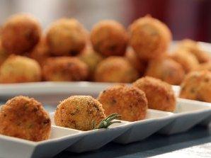 Картофени крокети с целина и розмарин