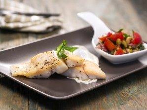 Риба с таханов сос