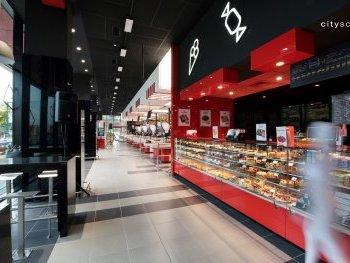 Store F41: Elin Pelin town #8